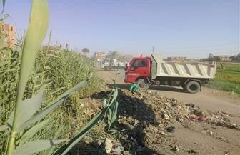 تطهير الترع والمصارف ورفع القمامة والمخلفات بقرى مركز سوهاج