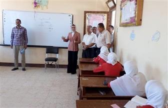 وكيل التعليم بالوادي الجديد: غرف عمليات متابعة امتحانات الإعدادية لم تتلق شكاوى | صور