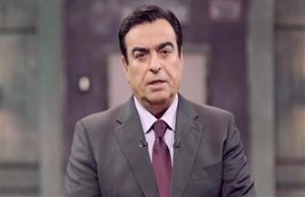 """جورج قرداحي يسلم 100 ألف جنيه للفائزة بجائزة """"اسم من مصر"""" بالقطامية"""