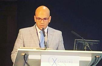 أستاذ بطب المنصورة يفوز بأفضل محاضرة في مؤتمر جراحة الأوعية الدموية بلندن