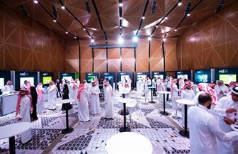 السعودية: توفير حلول لمساعدة العمال المهاجرين على تحويل أموالهم عبر الهاتف بسلاسة دون رسوم