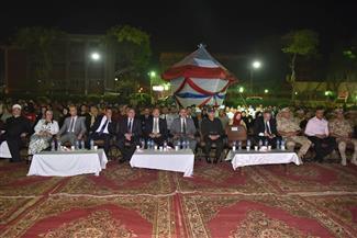في ذكرى العاشر من رمضان..جامعة أسيوط تكرم أسر شهداء الجيش والشرطة  | صور