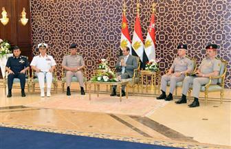 الرئيس السيسي خلال لقاء قادة القوات المسلحة: الشعب يقدر دوركم المخلص في حماية أمن مصر القومي| صور وفيديو