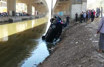 انتشال سيارة بعد سقوطها بترعة المريوطية | صور