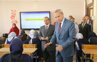 محافظ قنا: مد فترة امتحان اللغة العربية بالصف الأول الثانوي نصف ساعة| صور