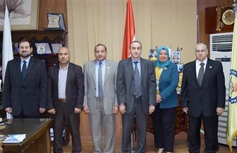 رئيس جامعة بني سويف يستقبل رئيس الجامعة المصرية للتعلم الإلكتروني