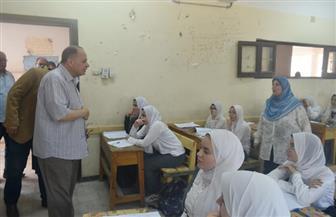 محافظ الفيوم: طلاب الصف الأول الثانوي أدوا الامتحان ورقيا اليوم وغدا إلكترونيا | صور