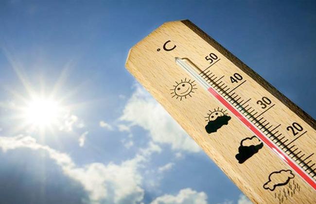 رئيس الأرصاد: ارتفاع في درجات الحرارة غدا.. وتحذيرات من التعرض المباشر للشمس -