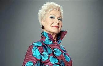 في عمر الـ80.. عجوز تحقق حلمها وتصبح عارضة أزياء | صور