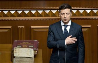 خلال حفل تنصيبه.. الرئيس الأوكراني يعلن حل البرلمان| صور