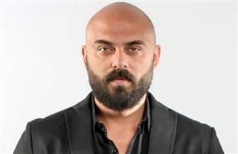 أحمد صلاح حسني يتصدر جوجل ورسالة من سيناريست «كوفيد ـ25»