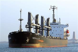 عبور 52 سفينة قناة السويس بحمولة 3 ملايين و800 ألف طن -