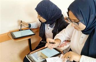 """""""التعليم"""": 97٪ من طلاب الصف الأول الثانوي المستهدفين يؤدون الامتحان الإلكتروني"""