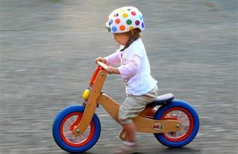 الأطفال وتعلم ركوب الدراجات الهوائية