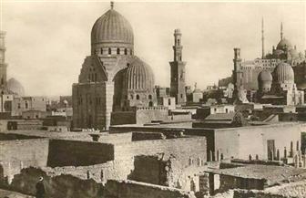 هؤلاء دفنوا بها.. عمرو بن العاص وعقبة بن عامر وأخت السيدة نفيسة.. منطقة المقابر بالمقطم تاريخ السياحة الدينية