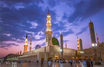 تكبيرات العيد ترتفع من بعد صلاة الفجر حتى شروق الشمس.. مشهد مهيب لصلاة العيد بالحرمين