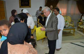 خالد فودة يوزع ملابس العيد لـ60 أسرة بطور سيناء | صور