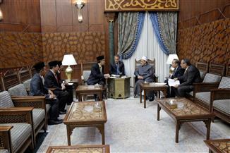 خلال استقباله السفير الماليزي.. الإمام الأكبر: الأزهر يفتح أبوابه لكل طلاب العلم من مختلف دول العالم