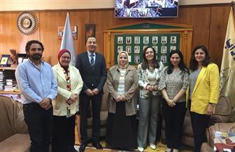 وفد من المجلس القومي للمرأة يزور جامعة الإسكندرية  صور