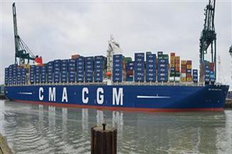 عبور 46 سفينة قناة السويس بحمولة 2 مليون و400 ألف طن