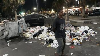 بأمر المحافظ.. ضبط نباشين لنبشهما بصناديق القمامة في بورسعيد