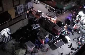 إصابة شخصين وتحطم سيارة إثر سقوط سور من أعلى أحد الأبراج بفيصل
