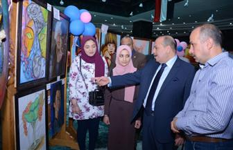 رئيس جامعة طنطا يفتتح معرض الفنون التشكيلية ويكرم الطلاب الفائزين | صور