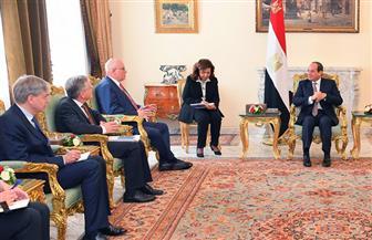 الرئيس السيسي يؤكد لزعيم الأغلبية السابق بالبرلمان الألماني ثبات الموقف المصري تجاه الأزمة في ليبيا