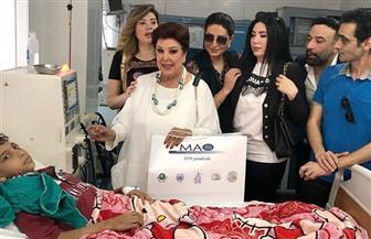 عبير صبري وبوسي شلبي تزوران مستشفى أطفال أبوريش |صور