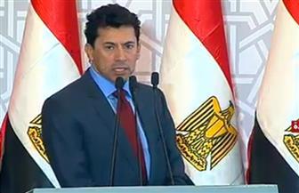 وزير الرياضة يستعرض ما تم إنجازه بمشروع  النادى الإسماعيلي الاجتماعي