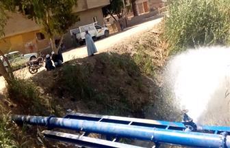 تنفيذ أعمال غسيل وتطهير خط مياه الشرب الرئيسي بالأقصر | صور