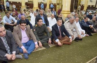 محافظ بني سويف يشهد الاحتفال برؤية هلال شهر رمضان بمسجد السيدة حورية |صور