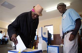 بدء التصويت في الانتخابات الرئاسية والبرلمانية بجنوب إفريقيا|صور