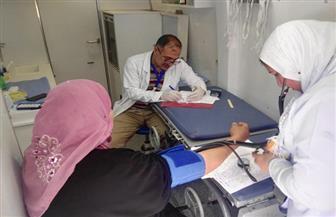 قافلة طبية للكشف بالمجان على أهالى قرى مركز الفرافرة بالوادى الجديد