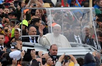 بابا الفاتيكان يواصل زيارته إلى رومانيا بإقامة قداس في مزار كاثوليكي |صور