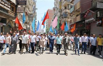محافظ المنوفية يتقدم مسيرة شبابية احتفالا بالعيد القومي للمحافظة| صور