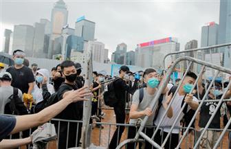 شرطة هونج كونج تطلق الغاز ورذاذ الفلفل والرصاص المطاطي على المتظاهرين