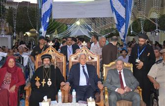 الاحتفال بالعيد العاشر لتجليس الأنبا صليب أسقف ميت غمر بحضور المحافظ ومدير الأمن | صور