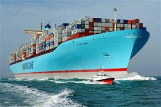 عبور 43 سفينة قناة السويس بحمولة 3 ملايين طن