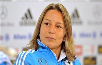 مدربة ألمانيا سعيدة بالفوز الصعب على إسبانيا في مونديال السيدات