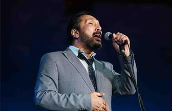 علي الحجار يفاجىء جمهوره بأغنية جديدة مع حنان ماضي خلال حفله بالأوبرا