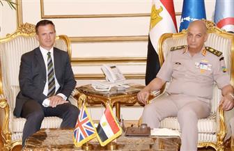 الفريق أول محمد زكى يناقش التعاون العسكرى والمستجدات مع وزير القوات المسلحة البريطاني| فيديو