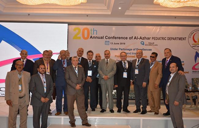 رئيس جامعة الأزهر يفتتح المؤتمر السنوي الـ20 لقسم طب الأطفال بـ طب بنين  القاهرة  صور -