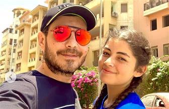 أحمد زاهر ينشر صورة جديدة له بصحبة ابنته