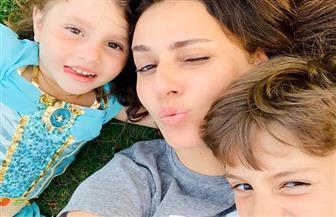 شاهد أحدث ظهور لحلا شيحة مع أبنائها| صور