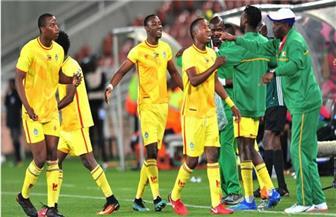 انتهاء مشكلة لاعبي منتخب زيمبابوي وخوضهم مباراة الافتتاح أمام مصر