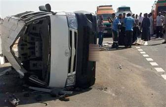 انقلاب ميكروباص وإصابة 7 من ركابه بطريق (الفيوم- القاهرة) الصحراوي