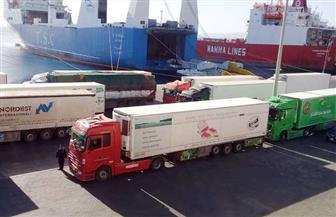 موانئ البحر الأحمر: تداول 576 ماسورة بترولية بوزن 2355 طنا و386 شاحنة بضائع