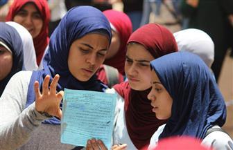 تباين ردود أفعال طلاب الثانوية العامة بالأقصر بعد امتحان الديناميكا