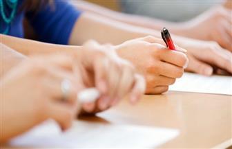 تباين آراء طلاب الثانوية العامة حول صعوبة أسئلة الامتحانات